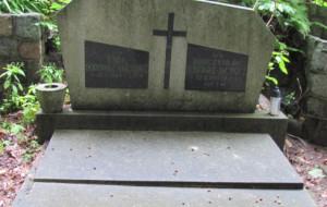 Zrzutka uratowała grób wyjątkowego oficera marynarki
