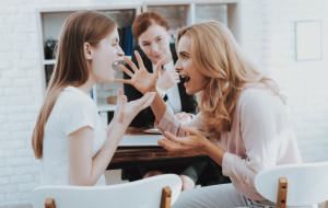 Dialog we współczesnej rodzinie i szkole. Jak rozmawiać z młodzieżą?