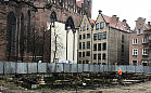 Rusza odbudowa kamienic przy Bazylice Mariackiej