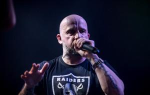 Peja zagrał charytatywny koncert w Protokulturze