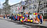 Dzieci ze szkoły specjalnej i sportowej przywitały wiosnę