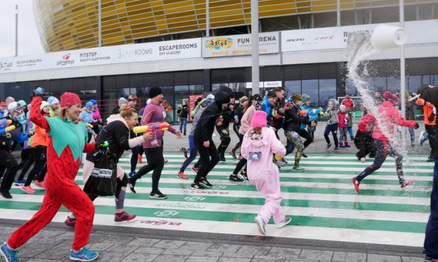 Wodna bitwa dla biegaczy. W cenie pistolety i balony