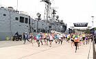 Blisko 600 osób biegało w porcie wojennym