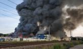 Gdańsk: Duży pożar hali przy Trakcie św. Wojciecha