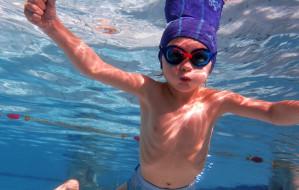 Które pływalnie w Trójmieście są czynne w okresie letnim?