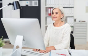 Coraz więcej emerytów decyduje się na pracę