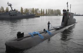 Okręt podwodny ORP Bielik trafi do Remontowej