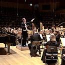 Listopad melomana: gwiazdy fortepianu i operowe hity