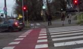 Zawinili kierowcy, ukarano pieszych