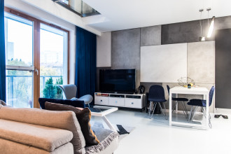 Jak Oni Mieszkają: dwupoziomowe mieszkanie w centrum Gdyni