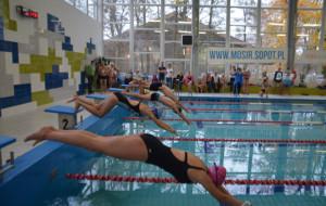 Family Cup. 100 pływaków w rodzinnych mistrzostwach