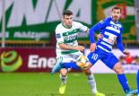 Karol Fila odejdzie? Piłkarze Lechii Gdańsk życzą obrońcy transferu zagranicznego