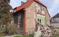 Balkon i weranda odpadły od budynku w...