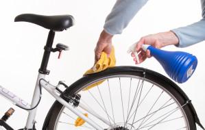 Szoruj i smaruj. Jak i czym czyścić rower?