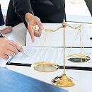 Siedem osób oskarżonych w sprawie lichwy mieszkaniowej