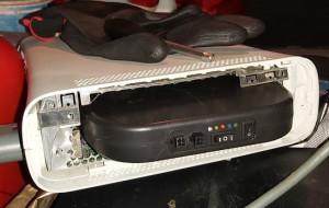 """Policja zarekwirowała sprzęt do kradzieży metodą """"na walizkę"""""""