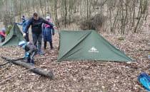 Zabierz rodzinę do lasu - bushcraft jest...