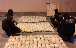 Ćwierć tony heroiny z Bliskiego Wschodu przypłynęło do gdyńskiego portu