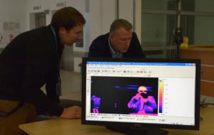 Kamerą termograficzną mierzą temperaturę w UCK. Sprawdziliśmy, jak to działa