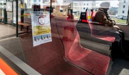Jak pasażerowie komunikacji radzą sobie z nowymi przepisami?