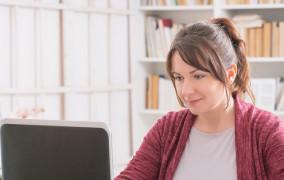 Jak przygotować miejsce do pracy w domu?