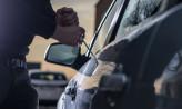 Osiem aut skradzionych z jednej posesji