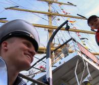 Zlot żaglowców w Gdyni na półmetku