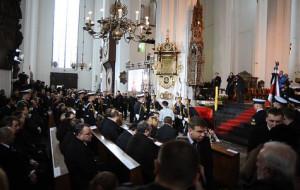 Uroczystości pogrzebowe Anny Walentynowicz i Macieja Płażyńskiego