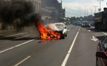Pożar auta na Wałach Jagiellońskich