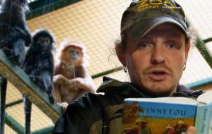 ZOO: jakie książki czyta się małpom?
