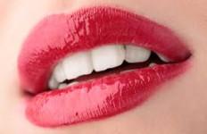 Powiększanie ust kwasem hialuronowym Neauvia Lips bez bólu!