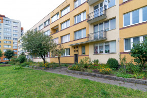 Sprzedam 2-pokojowe mieszkanie + duża piwnica. Gdańsk Długie Ogrody ul. Elbląska.