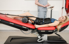 Wyciąg kręgosłupa na stole trakcyjnym 3D!