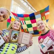 Wędrówka pędzla i ołówka - czytanie w muzeum dla dzieci 2+