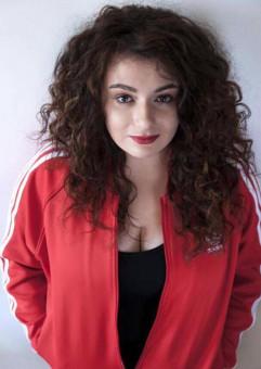 Dora Theisebach R&B