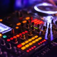 Muzyczne piątki z DJ Długi