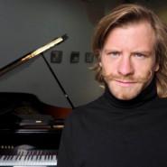 Roman Wróblewski - piano