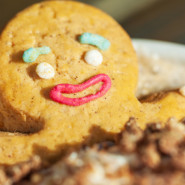 Rodzinne warsztaty: świąteczne pierniczki i muffinki
