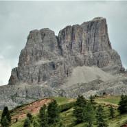Zamkowe wieże Dolomitów