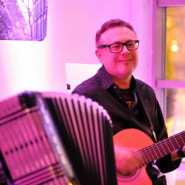 Czwartkowe Live Music: Jarek Ziętek Blues Solo