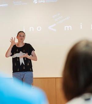 Ino mig - podstawy języka migowego online