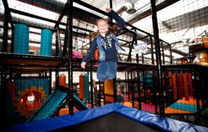 Aktywna rozrywka dla najmłodszych czyli, place zabaw i małpie gaje