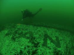 Ponieważ prom leży stosunkowo płytko, bo na głębokości 27 m, odwiedza go wielu nurków.