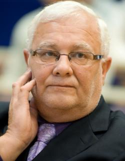 Krzysztof Pusz, były prezes Port Service, przekonywał w maju, że odpady nie stanowią zagrożenia dla środowiska i zdrowia ludzi. W poniedziałek ma usłyszeć zarzuty w gdańskiej prokuraturze.
