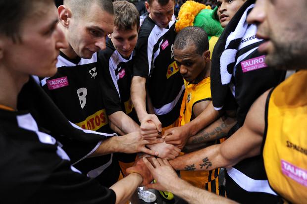 Trefl Sopot w Koszalinie obronił trofeum wywalczone w zeszłym roku w Zielonej Górze.