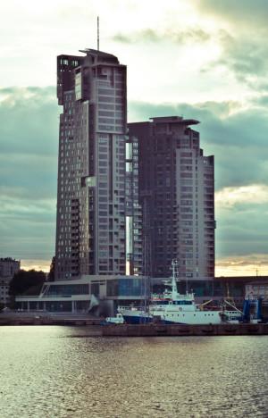 - Takie budynki nie są odpowiedzią na potrzeby miast - mówi o Sea Towers architekt Tomasz Malkowski.