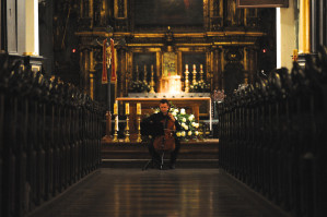 W trakcie koncertu Błażej Goliński wykonał I Suitę na wiolonczelę solo G-dur BWV 1007 J.S. Bacha.