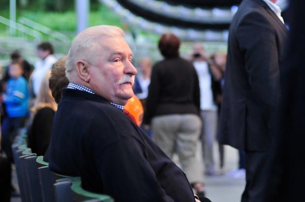 Prezydent Lech Wałęsa żąda przeprosin od Bogdana Borusewicza. Czuje się urażony słowami o tym, że to obecny marszałek senatu był przywódcą strajku w Stoczni Gdańskiej w 1980 r.
