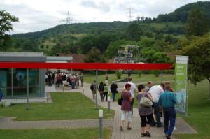 Wycieczki do Centrum Informacyjnego w pobliżu elektrowni jądrowej Beznau w Szwajcarii.