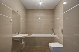 ...a w łazience znajdują się wszystkie sprzęty, które powodują, że można natychmiast zacząć z niej korzystać.